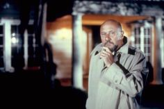 Donald Pleasence in Halloween II Halloween Horror Movies, Scary Movies, Michael Myers Memes, Halloween 2 1981, Donald Pleasence, Slasher Movies, The Villain, Best Actor, Movie Tv