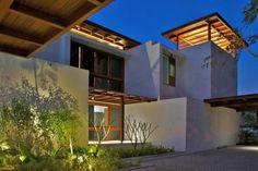 A fabulous courtyard house in Ahmedabad -- onekindesign.com