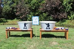 Bloom Designs--this is such a cute military party} red white and blue party} boys party. Love the medals! Camouflage Birthday Party, Army Birthday Parties, Army's Birthday, Birthday Ideas, Army Party Decorations, Soldier Party, Military Party, Navy Party, Party Time