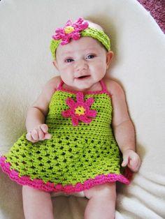 Crochet dress + matching headband She looks like Our Raylen! Crochet Girls, Crochet Baby Clothes, Newborn Crochet, Crochet For Kids, Crochet Crafts, Crochet Projects, Knit Crochet, Crochet Blogs, Diy Crafts