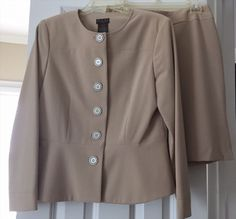 19.78$  Watch here - http://viewx.justgood.pw/vig/item.php?t=tuu41mt41212 - NWOT DLG Petite Size 8P Jacket & 6P Khaki Tan Fully Lined Skirt Jacket Suit NEW