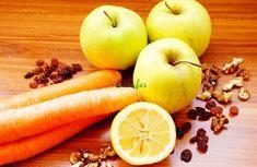 Salată de MORCOV, MĂR și STAFIDE - pentru reglarea tranzitului intestinal | La Taifas Fruit Salad, Carrots, Vegetables, Eat, Food, Gardening, Drink, Fruit Salads, Beverage