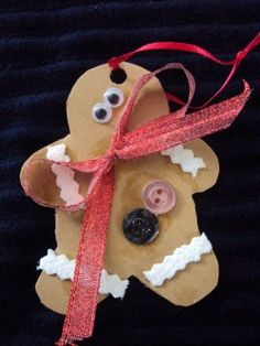 10 Easy Christmas Crafts for Kids to Make - Happy Hooligans