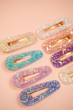 Diy Resin Hair Clips, Metal Hair Clips, Diy Resin Art, Diy Resin Crafts, Diy Resin Keychain, Thread Bangles, Accesorios Casual, Resin Jewelry, Jewellery