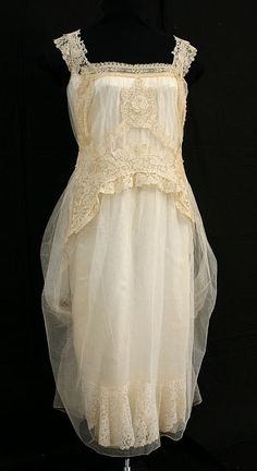 Brussels mixed lace, custom-designed wedding dress (c.1923)