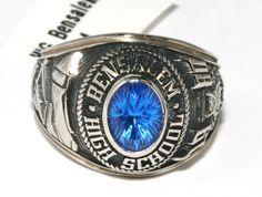 Josten's 10k White Gold Vintage 1980 Bensalem High School Owls Ring sz 6 B4