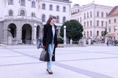 Fashion blogger Veronika Lipar of Brunette From Wall Street sharing what to wear today