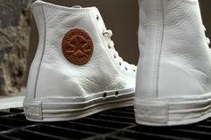 Novo Converse de couro branco