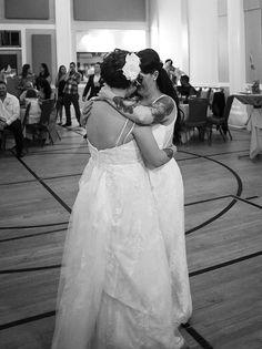 Una boda polimática caprichosa que une a dos familias en awesomeness