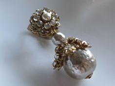 Vintage Costume Jewelry, Vintage Costumes, Pearl Jewelry, Pearl Earrings, Grey White Hair, Rabbit Art, Miriam Haskell, Art Nouveau Jewelry, Ear Rings
