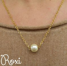 Simple Gold Pearl Necklace