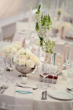 An Italian Garden Wedding With Total Fairytale Vibes Vase Centerpieces, Bud Vases, Wedding Centerpieces, Wedding Decorations, Table Decorations, Tall Vases, Centerpiece Ideas, Gypsophila Wedding, Wedding Flowers