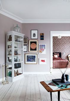 Gravity Home — Creative Danish home of Mette Helena Rasmussen Flat Interior, Cafe Interior, Decorating Your Home, Interior Decorating, Interior Design, Living Room Decor, Living Spaces, Gravity Home, Eclectic Decor