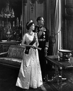 Queen Elizabeth II and Prince Philip, Duke of Edinburgh By Yousuf Karsh Bromide print, 1966 Elizabeth Philip, Queen Elizabeth Ii, Edinburgh, Queen And Prince Phillip, Prinz Philip, Cultura General, The Royal Collection, Duchess Of York, Queen Elizabeth