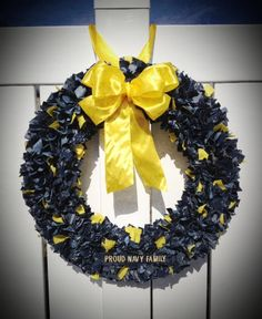 US Navy Rag Wreath with Large Yellow Bow