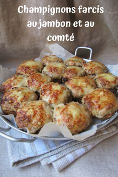 My mother often prepared this dish, which we liked very much. A béchamel, ham and cheese, nothing fancy but it& not a problem . Chicken Appetizers, Bacon Appetizers, Tapas, Salty Foods, Food Is Fuel, Ham And Cheese, Food Diary, Food Network Recipes, Bait