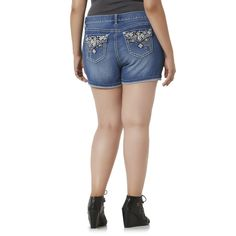 20d1e97a359e2 Polyester Mid-Rise Solid Plus Size Shorts for Women
