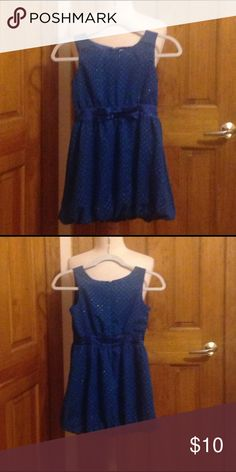 A blue dress with gold dots A lovely dress and in great condition Forever 21 Dresses