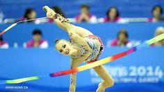 Irina ANNENKOVA (RUS) Ribbon