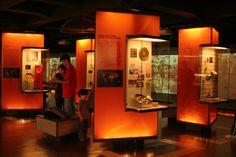 Interior do Museu da Língua Portuguesa em São Paulo, estado de São Paulo, Brasil. O museu encontra-se na Estação da Luz, e é uma instituição cultural ligada à Secretaria de Cultura do Estado de São Paulo, inaugurado em 2006.  Fotografia: Ana Paula Hirama.