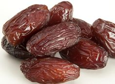 We brought the best and tasty Dry fruit at very reasonable price in India, Buy all types of dry fruit on dry fruit hub