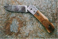 """https://flic.kr/p/8SMH9B 
