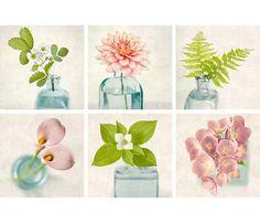 He encontrado este interesante anuncio de Etsy en https://www.etsy.com/es/listing/198003445/gallery-wall-art-set-flower-photography