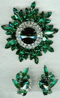 Vintage Costume Jewelry Price Guide: Juliana/DeLizza & Elster Emerald Green Set