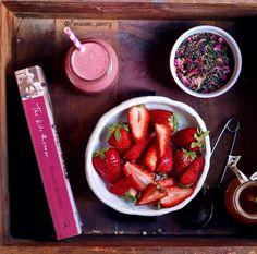 """""""Fresh as can be: strawberry, rose and green tea smoothie. We steeped a cup of rose and jasmine green tea (a blend we picked up from @thesourcecamberwell )…"""""""
