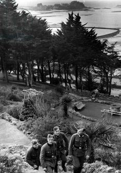 German soldiers at leisure on Jersey during their occupation of the Channel Islands, 1942 (b/w photo)