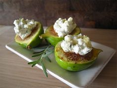 Honeyed Figs with Roasted Rosemary Goat Cheese