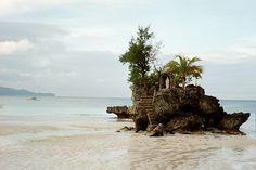 Amazing Boracay Tourist photos - http://philippinesmegatravel.com/amazing-boracay-tourist-photos/
