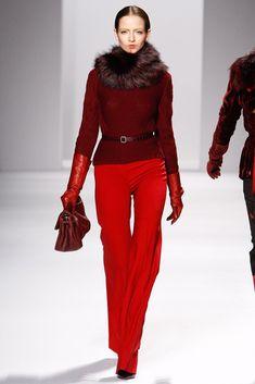 Elie Tahari Fall 2011 Ready-to-Wear Fashion Show - Irina Berezina