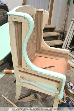 DIY Wingback Dining Chair – How To Upholster The Frame (Part – Addicted 2 Decorating® DIY Ohrensessel – wie das Gestell gepolstert wird – 39 Reupholster Furniture, Upholstered Furniture, Upholstered Dining Chairs, Refurbished Furniture, Furniture Makeover, Furniture Projects, Diy Furniture, Bedroom Furniture, Furniture Design