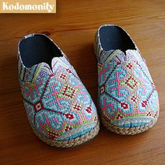 Hmong shoes-i want a pair.