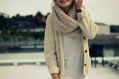 Love the cardie & the chunky scarf!x