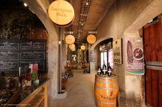 Farm Fresh Produce From Windmeul Neighbourhood Market - WineTourismZA South Africa Tourism In South Africa, South African Wine, Wine Tourism, Sauvignon Blanc, Wine Recipes, The Neighbourhood, Fresh, Food, The Neighborhood