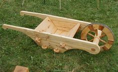 Building a 16th Century Wheel Barrow