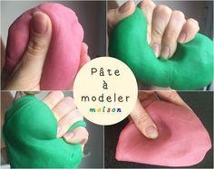 Make homemade modeling clay like the store& Play Doh - Little Gabchou - - Fabriquer sa pâte à modeler maison comme le Play Doh du magasin My homemade dough recipe like the store& Play Doh - Play Doh, Play Mats, Diy For Kids, Crafts For Kids, Diy Bebe, Homemade Playdough, Homemade Clay, Homemade Recipe, Plasticine