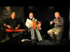 ▶ Folk group Lang Linken - Denmark Small concert on Old instruments - YouTube