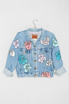 FABRIC: Denim with added patch work is a huge part of soft pop. This type of denim look gives a playful and fun image.