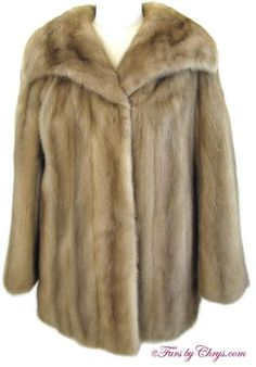 SOLD! Pastel Mink Jacket PM792; Excellent Condition; Size range: 6 - 10 Petite or Average. This is a beautiful genuine natural pastel mink fur jacket. It has a Leakes Furs and EMBA Mink labels and features a gorgeous large wing-style collar and slightly belled sleeves.  When you wear it, you will feel as glamorous as you look!