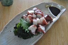 男木島 蛸の刺身  Ogijima Fresh slices of an octopus