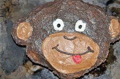 My Gluten Free Monkey Pull Apart Cupcake Cake for Aaron's Third Birthday.