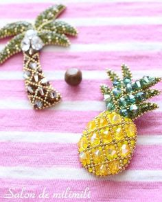 Sand Bead Models,, We have prepared you wonderful models of sand bead models. As brooch models, bag decoration, necklace … Bead Embroidery Jewelry, Beaded Embroidery, Hand Embroidery, Bead Jewellery, Beaded Jewelry, Brooches Handmade, Handmade Jewelry, Bead Crafts, Diy And Crafts