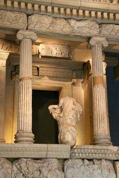 Ruhrgebietmitte hat KulturPOTTential - betreibt OSTWEST Kulturtransfer: Kunst & Kultur Fundgrube unsortiert gesammelt Grabstele aus Lykien