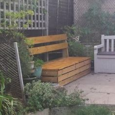 Excellent & Easy Garden Storage Bench: 16 Steps (with Pictures) Garden Storage Bench, Outdoor Garden Bench, Patio, Outdoor Deck Decorating, Outdoor Decor, Back Deck, Easy Garden, Porch Swing, Outdoor Living