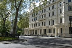 Go Native Hyde Park, our serviced apartments are only a stone's throw from Hyde Park.
