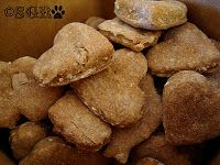 Tasty Treat Tuesday: Courtesy of CheeseHounds – Droopy and Callie's Basset Biscuits
