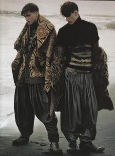 shape, pattern, coordination, pants, coat